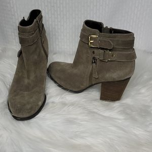Guess suede zippered ankle bootie buckle detail
